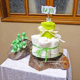 Alquiler renta base pedestal tronco de arbol en rodaja para pastel de bodas vintage rustico boda de campo en guatemala
