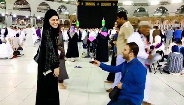 Pinang Calon Istri Di Depan Ka'bah, Jurnalis TV Ini Dikecam Banyak Pihak