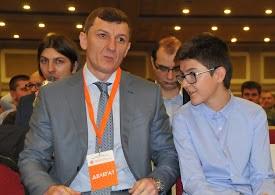 Orhan İsmailov HŞHP genel başkanlığa seçildi