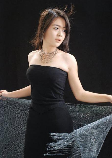 Myanmar Fashion Model May Thet Khine - Myanmar Celebrity Facebook