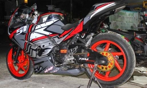 contoh modifikasi ninja 250 fi warna merah
