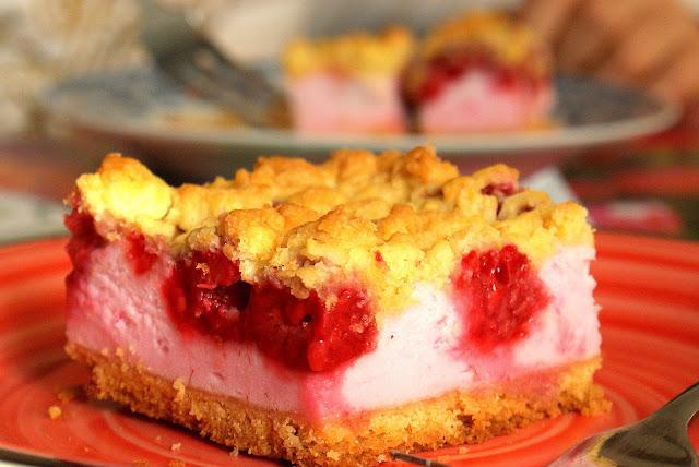 kruche ciasto z malinami,łatwe ciasto kruche z owocami,ciasto z borówkami,ciasto z jeżynami,bardzo latwe kruche ciasto,ciasto z brzoskwiniami,z kuchni do kuchni,katarzyna franiszyn luciano,najlepsze przepisy na ciasta
