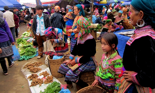 Top 10 Local Markets in Sapa Tour Packages