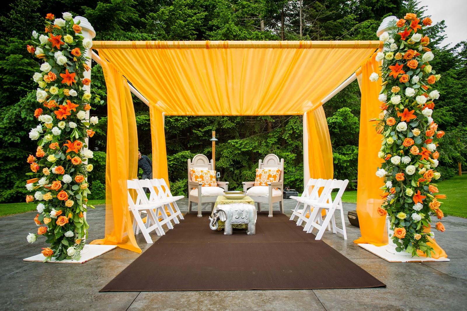 10 best outdoor wedding decoration ideas in 2018 web photo gallery 10 best outdoor wedding decoration ideas in 2018 junglespirit Choice Image