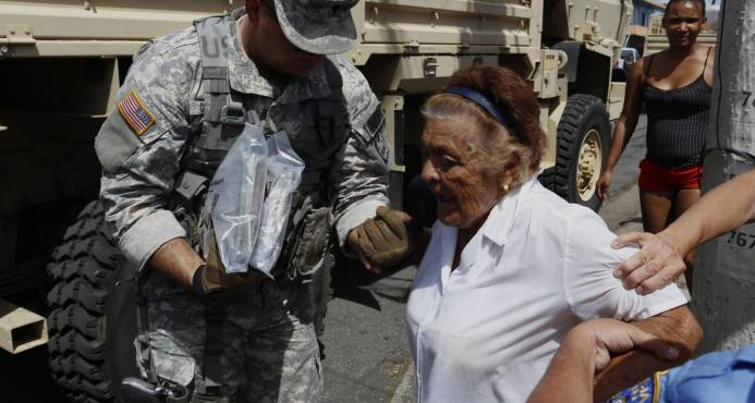 La ayuda llega lentamente Puerto Rico tras el paso del huracán  María