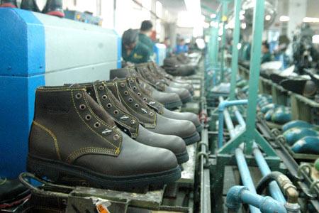 ca3df6e53a Industria Nacional: La producción de calzado creció 140% desde 2003 y  generó más de 35.000 empleos