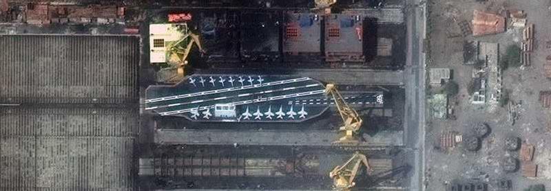 Іран будує авіаносець