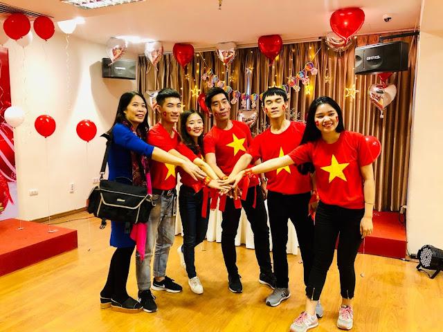 Sinh nhật tháng 12 tại Hội trường Hà Nội