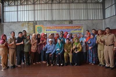 Arumi Bachcin Buka Pelatihan Batik Untuk Pelaku UMKM di Trenggalek