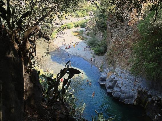 Garganta del río Alcantara. Sicilia