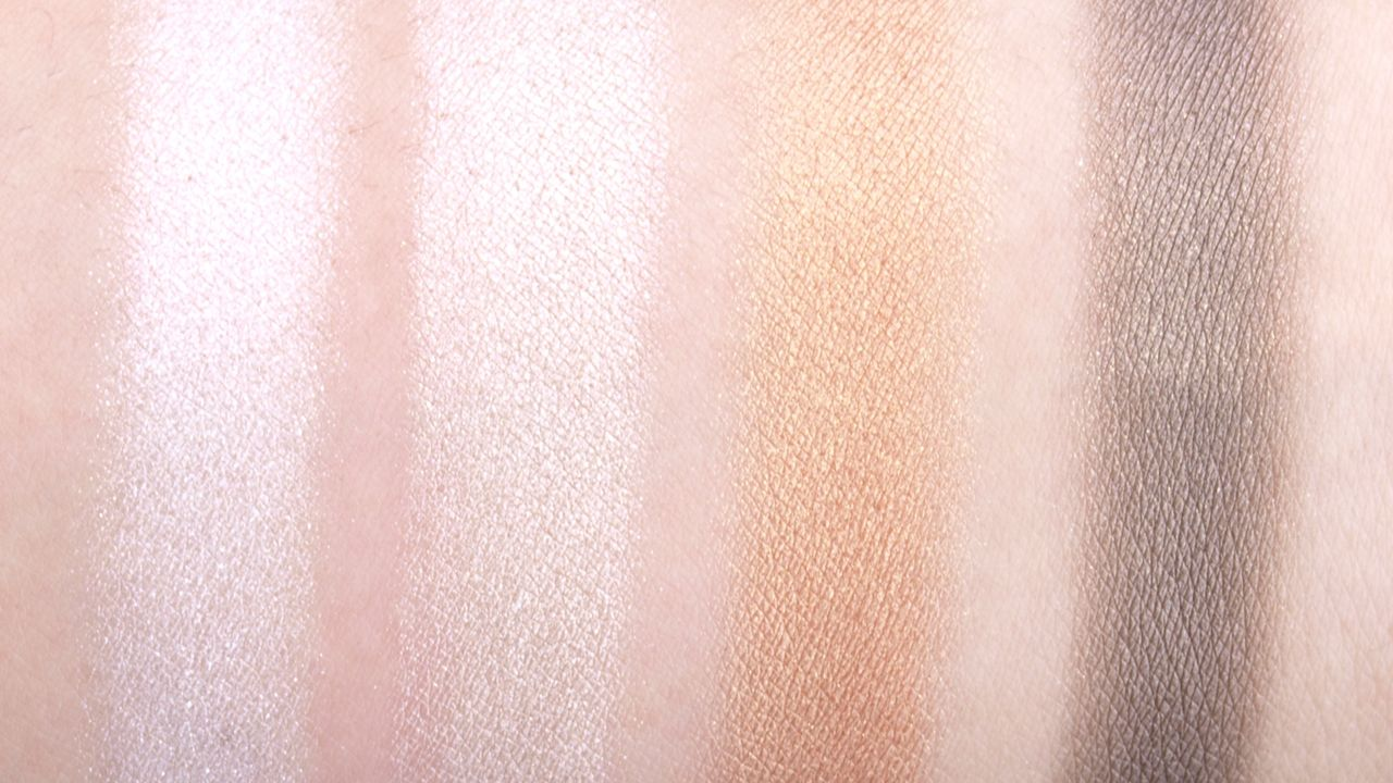 """The Face Shop Face It Artist Touch Shadow Palette in """"04 Golden Brown"""": Review and Swatches"""
