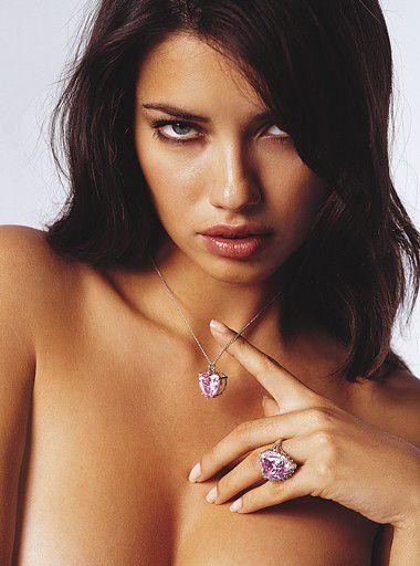 Adriana Lima New Hot Photos hoot