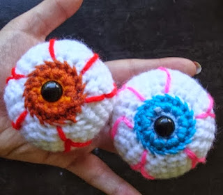http://translate.googleusercontent.com/translate_c?depth=1&hl=es&rurl=translate.google.es&sl=en&tl=es&u=http://www.nyanpon.com/2013/10/eye-balls.html&usg=ALkJrhibMJc_dbvwZLs-B_g3sNhP4FJA6A