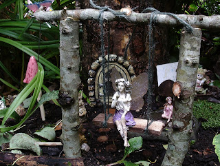 Fairy garden swing, a simple DIY project, Green Fingered Blog