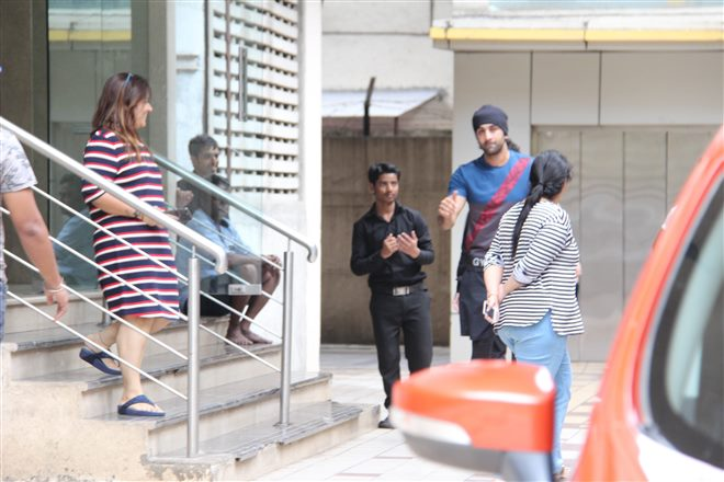 Jhanvi And Ranbir Kapoor Spotted At Wow House Of Dance Studio