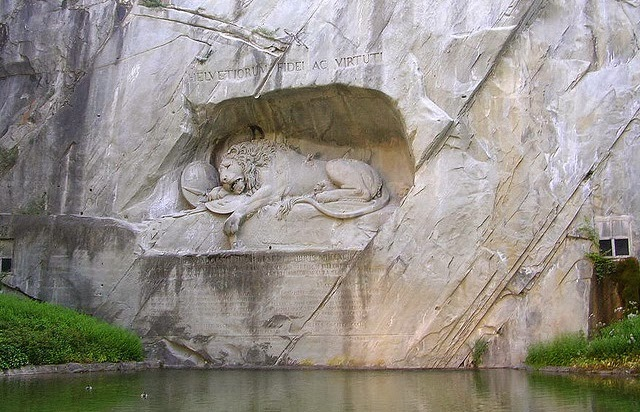 The Amazing Lion Monument in Lucerne – Switzerland