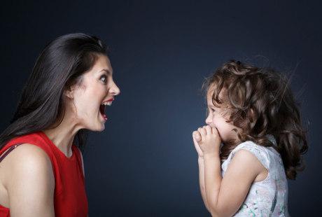 Penyebab Orangtua Modern Mudah Marah kepada Anak