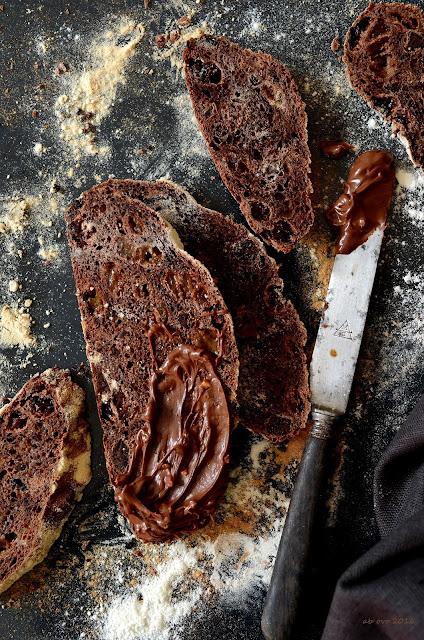 pane-dolce-al-cioccolato-e-uvetta