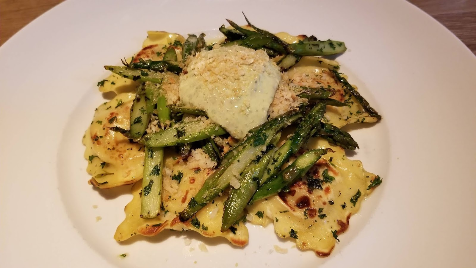Seasons 52 chicken and pesto ravioli
