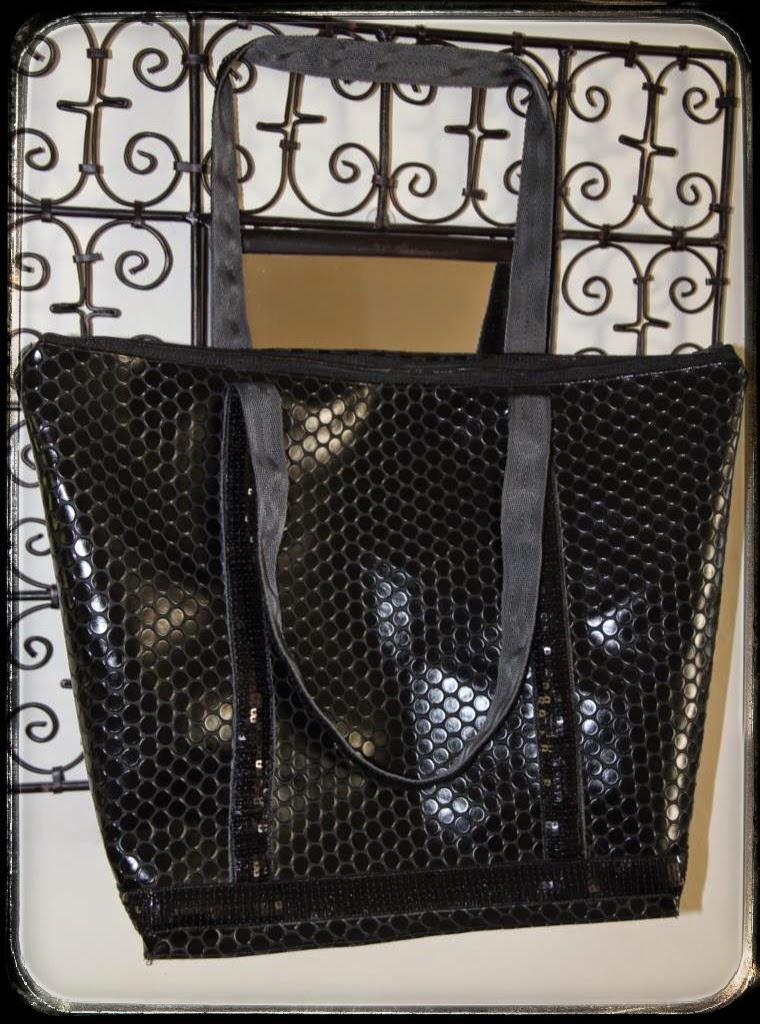 laisse luciefer les petits secrets couture le like tuto cabas paillettes zipp format. Black Bedroom Furniture Sets. Home Design Ideas
