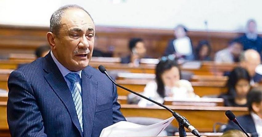 Presupuesto del 2018 mejorará sueldo de docentes e infraestructura, sostuvo el Ministro de Educación Idel Vexler