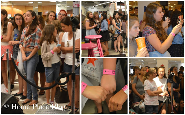 Fans line up for Megan and Liz - Macy's - American Rag Tour