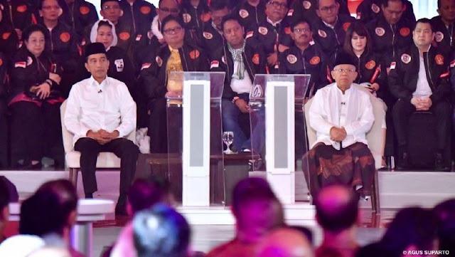 """Debat Pilpres Perdana: """"Keheningan Kiai Ma'ruf"""" Curi Perhatian"""