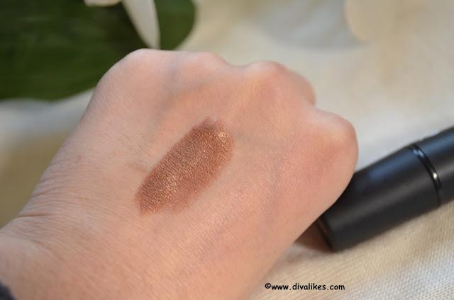 Bharat n Dorris Lipstick No. 160 Swatch
