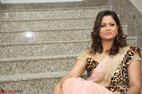 Shilpa Chakravarthy in Lovely Designer Pink Saree with Cat Print Pallu 037.JPG