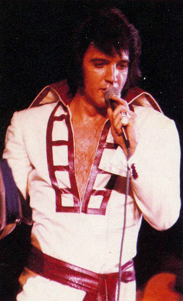 dec35197aeac The World of Elvis Jumpsuits – 68 Pictures of Elvis Presley Performing in  His Iconic Jumpsuits during the 1970s ~ vintage everyday