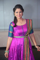 Shilpa Chakravarthy in Purple tight Ethnic Dress ~  Exclusive Celebrities Galleries 052.JPG