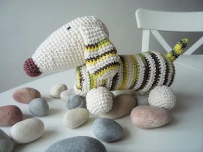 háčkovaný pes jezevčík