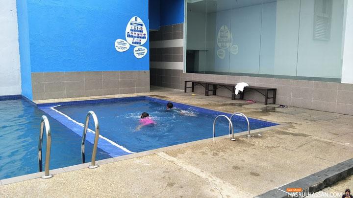 Kolam renang D'Hotel Seri Iskandar
