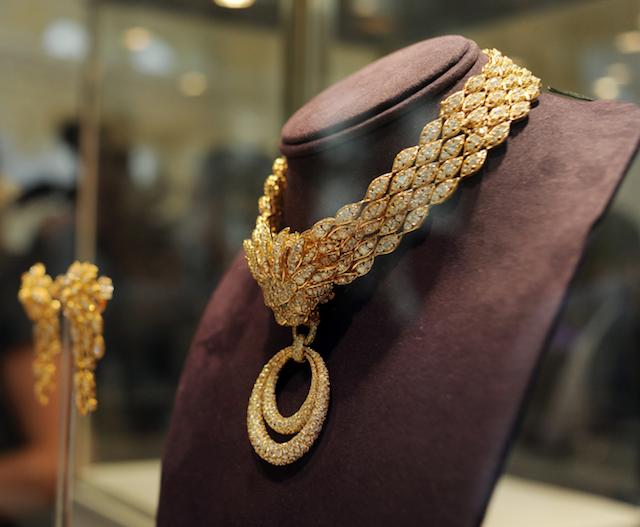 luxury christmas jewelry necklace