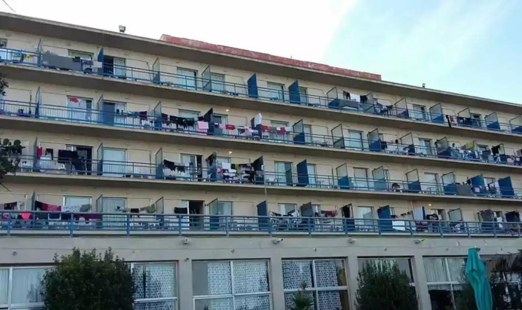 «Μετανάστες» τα έκαναν λίμπα στο ξενοδοχείο της Ερμιονίδας που τους φιλοξενεί!