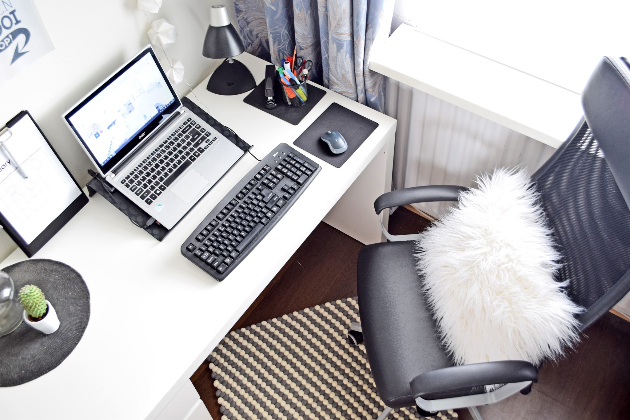 biurko domowe biuro