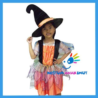 Kostum Penyihir