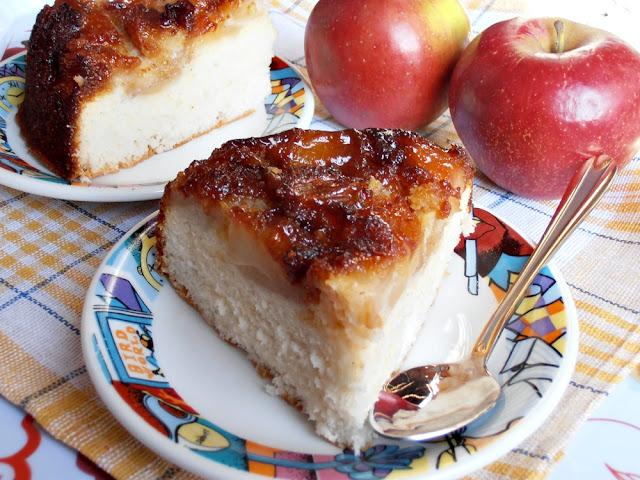 http://www.caietulcuretete.com/2012/09/tort-de-mere.html