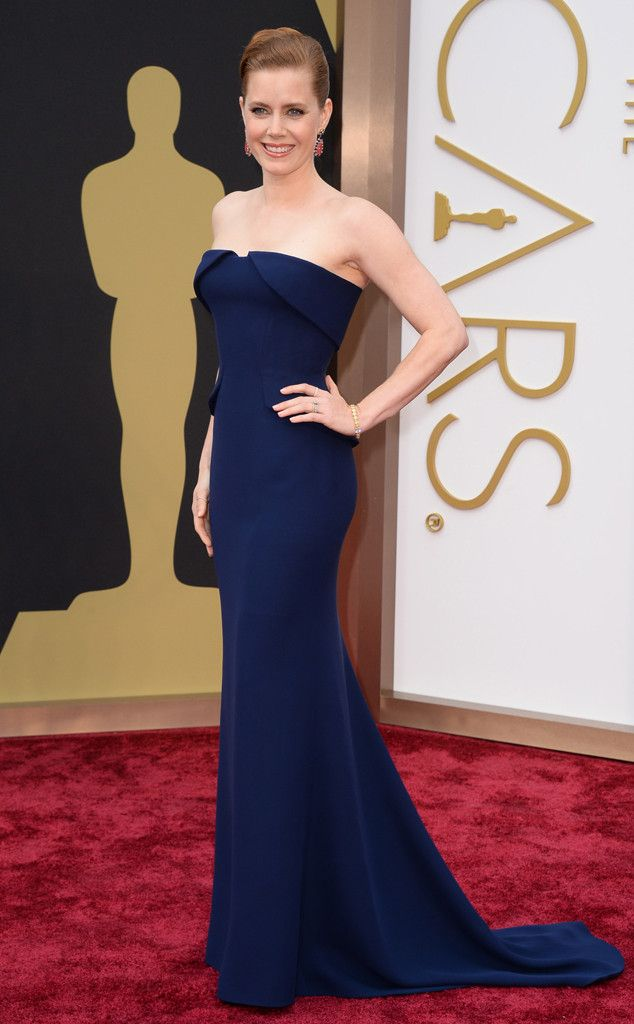 Amy Adams in a lovely navy Gucci dress at the Oscars 2014