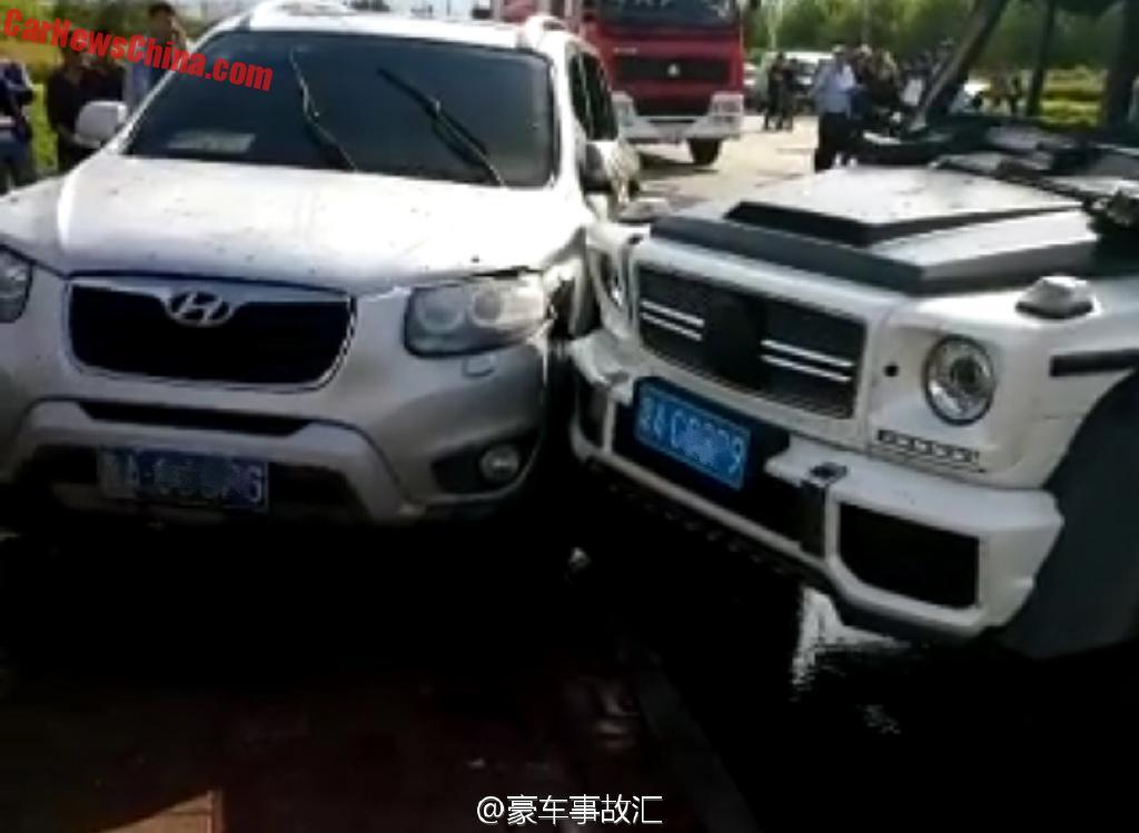 Mercedes amg 6x6 vs hyundai tucson in china benztuning for Mercedes benz amg 6x6 price
