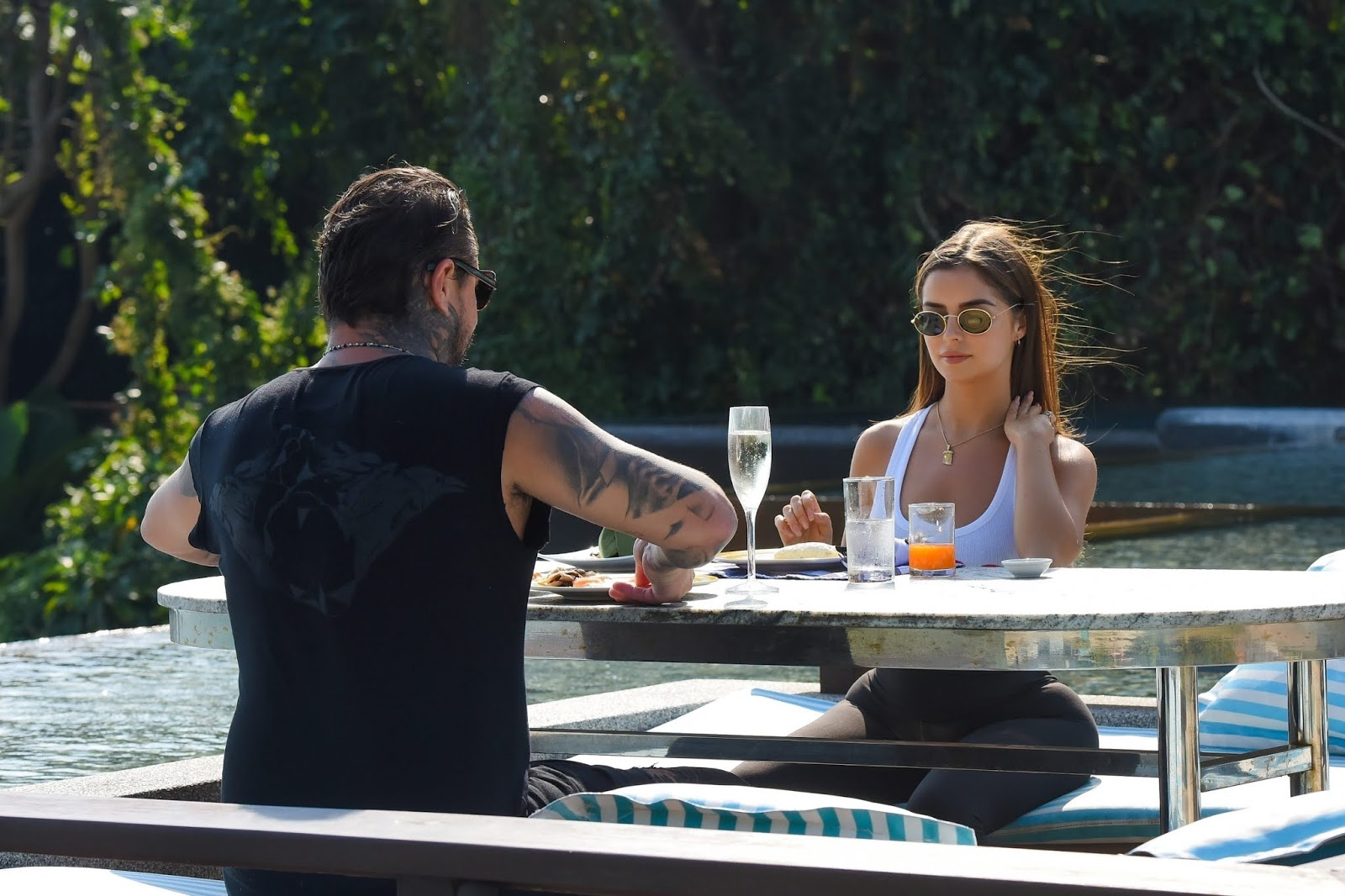 Demi Rose grabs a Thai breakfast in Phuket - 02/08/2019
