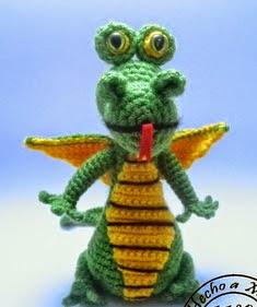 http://creandomingumiosdeesos.blogspot.com.es/2014/08/reto-50-amigurimis-n-17-dragon.html