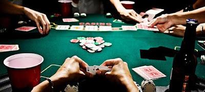 Panduan Bermain Adu Q, Bandar Sakong, Bandar Q, Domino QQ, Poker Online Terpercaya