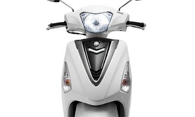 2016 Yamaha Acruzo 125cc front headlight