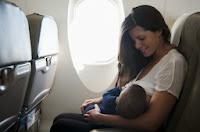 viajar con niños en avión bebés recién nacidos vuelos consejos presión oídos