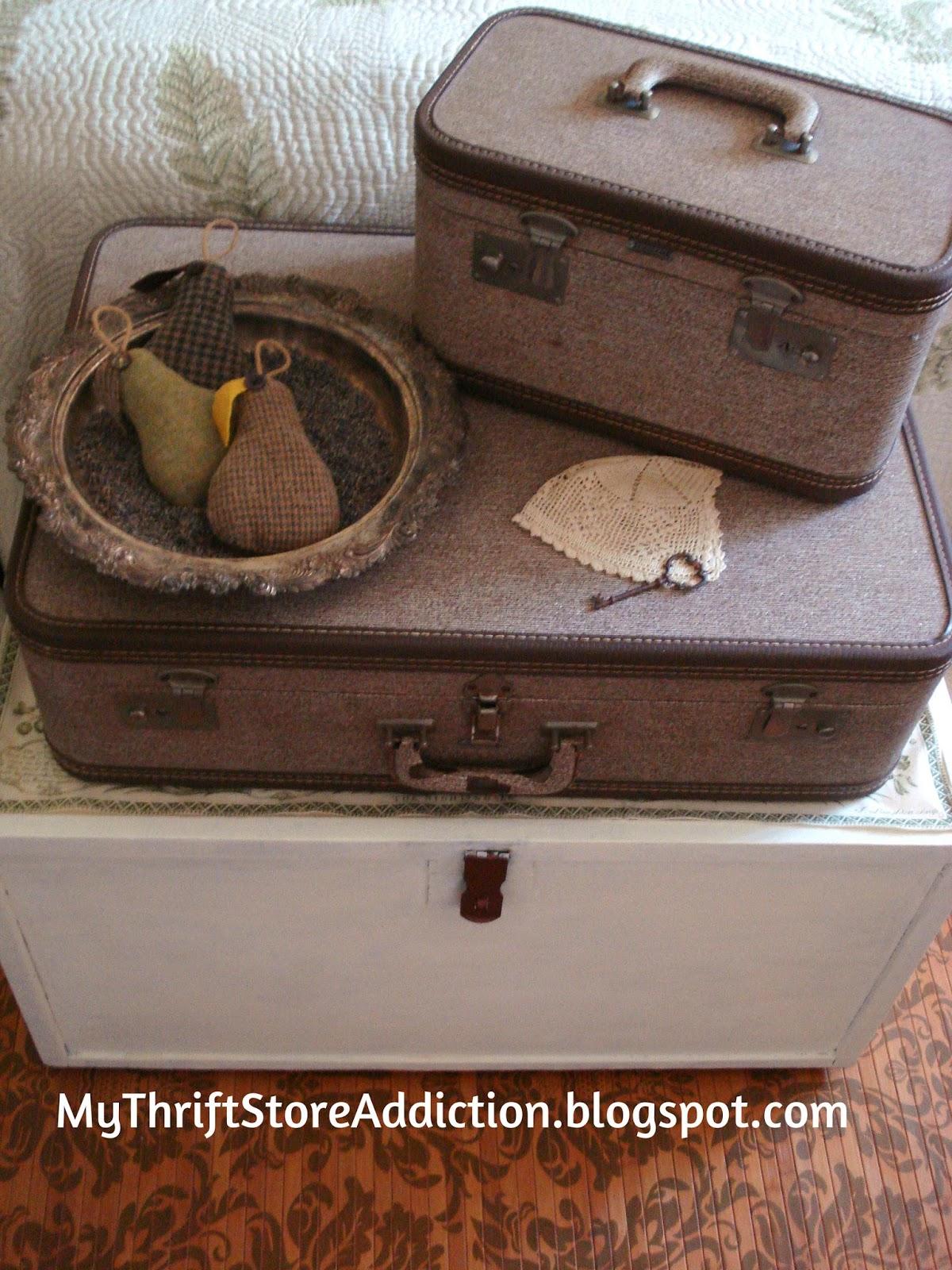 Vintage luggage storage
