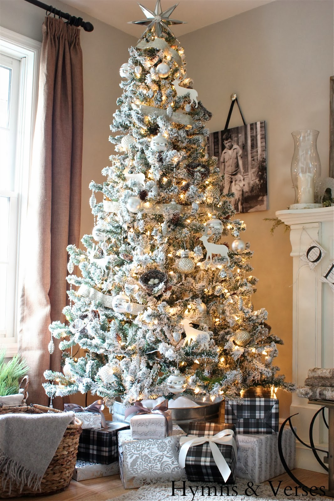 Home Accents Flocked Christmas Tree