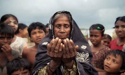 Hendak Mengungsi, Warga Muslim Rohingya Tewas Ditembaki Tentara Myanmar