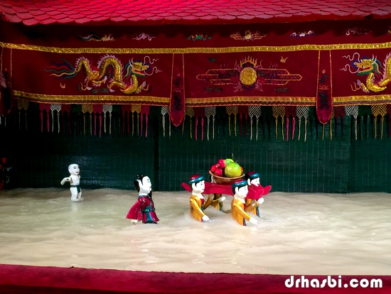 Persembahan Water Puppet Theatre di Ho Chi Minh