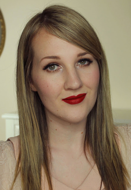 Jeffree Star Velour Liquid Lipstick - Redrum Swatches & Review